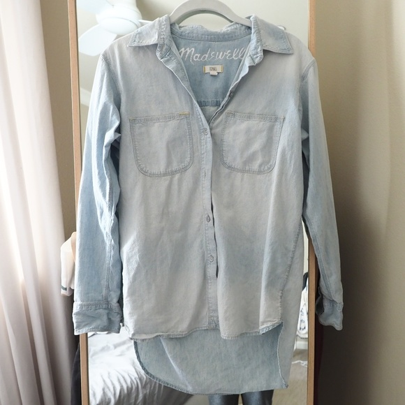 Madewell Tops - Madewell Oversized Ex-Boyfriend Denim Shirt